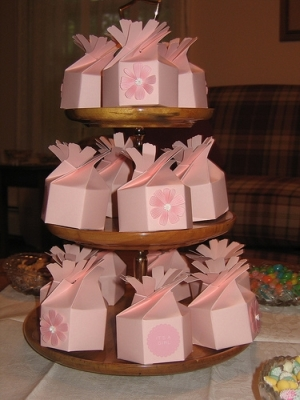 Baby shower party favor ideas for Baby shower decoration ideas martha stewart