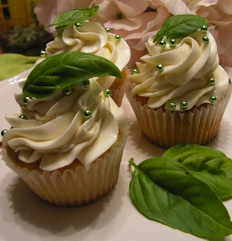 Cupcake Wedding Favors